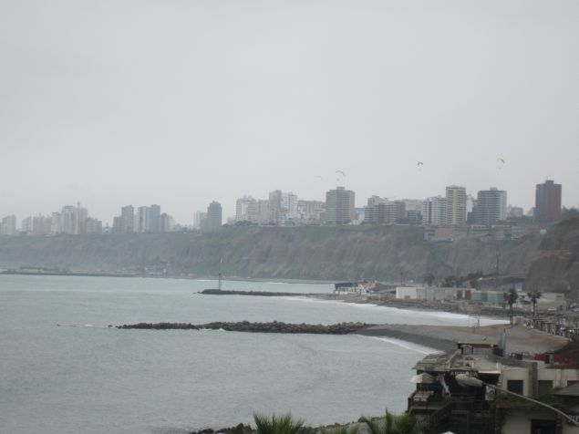 Lima im Nebel