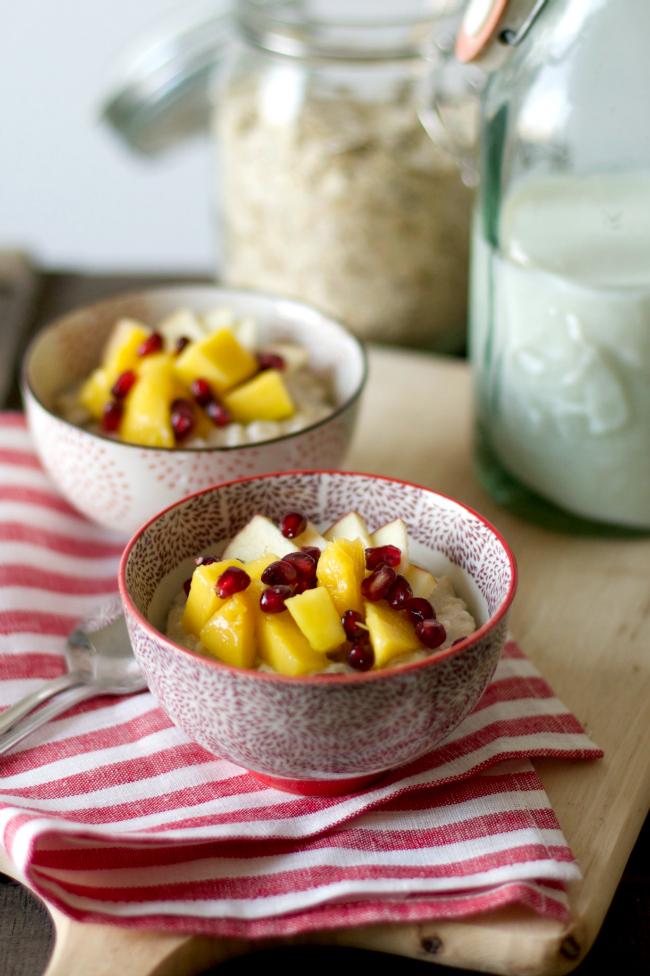 sonsttags - Porridge mit Mango und Granatapfel